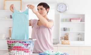 Как убрать запах пота с одежды в области подмышек