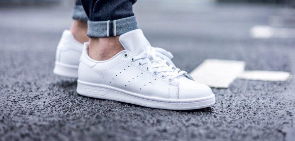 Почистить белые кроссовки