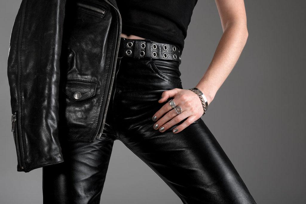 Стирка кожаных штанов