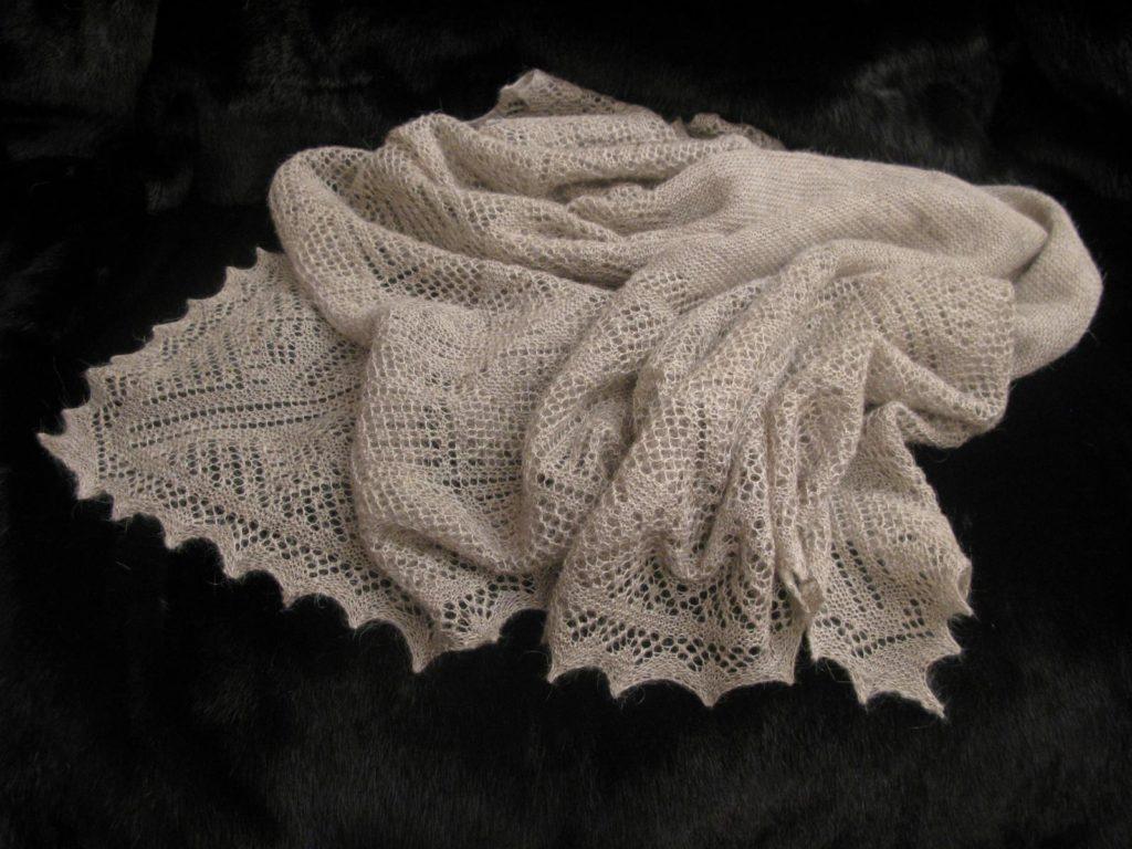 Стирать пуховой платок