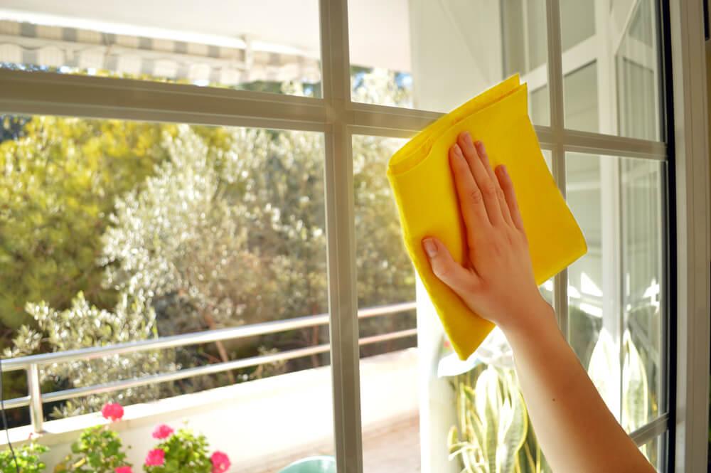 Помыть окна
